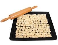 Het voorbereiden van het gebakje van het raviolivlees in pan Royalty-vrije Stock Foto