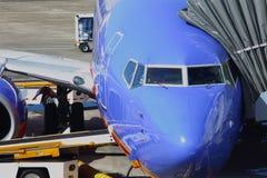 Het voorbereiden van Jet Airliner 737 Royalty-vrije Stock Fotografie