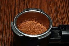 Het voorbereiden van koffie Stock Fotografie