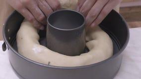 Het voorbereiden van maxidoughnut