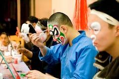 Het voorbereidingen treffen vóór Chinese Opera Stock Afbeelding