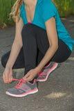 Het voorbereidingen treffen voor jogging in aard Royalty-vrije Stock Afbeelding