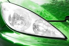 Het voorlicht van de auto stock foto's
