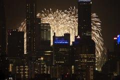 Het voorproef-Cityscape van de Dag van Singapore Nationaal Vuurwerk Royalty-vrije Stock Fotografie