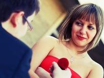 Het voorstellen van Huwelijk Royalty-vrije Stock Fotografie