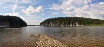Het voorwerp van Unesco-bossen van de de plaats de Maagdelijke Komi-Republiek van de werelderfenis Stock Fotografie