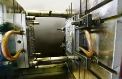 Het vormen van de injectie machine Royalty-vrije Stock Afbeeldingen