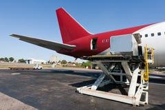 Het vrachtvliegtuig van de lading stock foto's