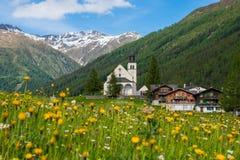 Het vreedzame leven van een Zwitsers dorp royalty-vrije stock foto's