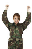 Het vrij jonge meisje kleedde zich in groene militair stock foto