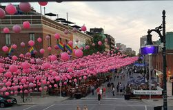 Het vrolijke festival van de dorpsstraat in Montreal royalty-vrije stock foto