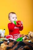 Het vrolijke kind glimlachen Royalty-vrije Stock Afbeeldingen
