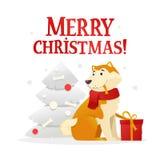 Het vrolijke malplaatje van de Kerstmisprentbriefkaar met de leuke gele hond met de rode giftzitting dichtbij de Kerstboom op wit Stock Afbeelding