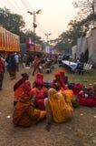 Het vrouwelijke Hindoese liefhebbers roddelen Stock Fotografie