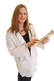Het vrouwelijke klembord van de artsenholding Royalty-vrije Stock Foto's