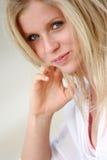 Het vrouwelijke model van de close-up Stock Foto's