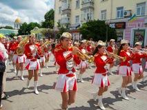 Het vrouwelijke Presteren van het Fanfarekorps Royalty-vrije Stock Afbeeldingen