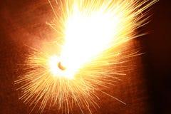 Het vuurwerk steekt het mooie bederf aan Stock Foto
