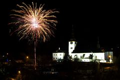 Het vuurwerk van de nieuwjaar` s Vooravond Stock Afbeeldingen