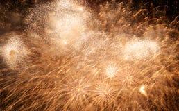 Het vuurwerk van de nieuwjaarviering Royalty-vrije Stock Afbeeldingen