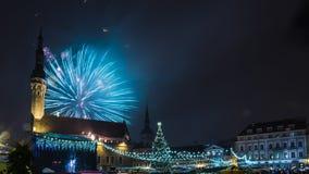 Het vuurwerk van het nieuwe jaar in Tallinn Royalty-vrije Stock Fotografie