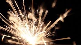 Het vuurwerk van het pyrotechnieksterretje stock videobeelden
