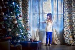 Het wachten op de Kerstman Royalty-vrije Stock Afbeeldingen