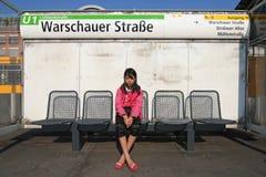 Het wachten op de Metro Stock Foto's