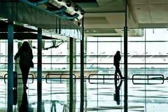 Het wachten op vlucht stock fotografie