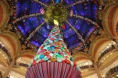 Het warenhuis van fayette van galerijla, in het centrum van Parijs December 2018 royalty-vrije stock foto