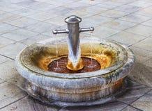 Het warme mineraalwater Karlovy varieert Karlsbad - Tsjechische Republiek Stock Foto's