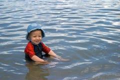 In het water Stock Foto's