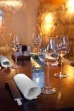 het water stroomt op glas in sushirestaurant Stock Afbeelding