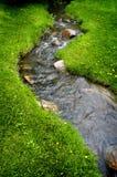 Het Water van de rivier op Rotsen Royalty-vrije Stock Afbeeldingen