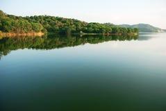 Het water van het meer Stock Foto