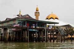 Het waterdorp van Brunei met Moskee geroepen Kampong Ayer in Bandar Seri Begawan Stock Foto