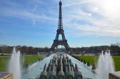 Het waterfonteinen van Parijs Stock Fotografie