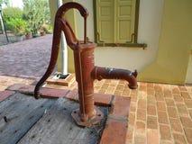 Het waterpomp van de oude Hand Royalty-vrije Stock Fotografie