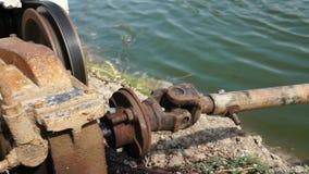 Het waterturbines van het motor drijfbeluchtingstoestel stock footage