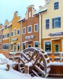 Het waterwiel in sneeuw Stock Foto