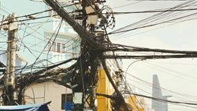 Het Web van machtslijnen op de straten Ho Chi Minh City 3 Stock Fotografie
