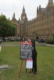 Het wedden van de eerste minister kansen tijdens de Verkiezing van 2010 Royalty-vrije Stock Foto
