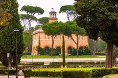 Het Weergeven door de parkinstallaties op Casinodell 'Orologio, vroeger was huis van de tuinman Rond 1791 werden langs gewijzigd  royalty-vrije stock afbeelding