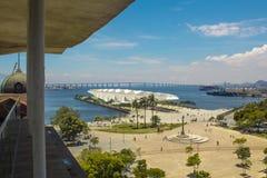 Het Weergeven van het Museum van Morgen ook als Museu wordt bekend doet Amanhã, van Rio Musuem van Kunst BRENG gezichtspunt dat  stock fotografie