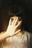 Het weigeren, geweld tegen vrouwen Stock Fotografie