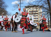 Het wekken met horo - Bulgaarse traditionele dans Stock Fotografie