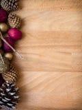 Het welriekend mengsel van gedroogde bloemen en kruidenachtergrond van Kerstmis Stock Fotografie
