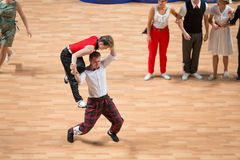Het wereldkampioenschap op Acrobatische Rots - en - broodje en de Wereld beheerst boogie-woogie Stock Foto