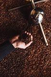 Het werk en het binnenland van de koffiewinkel royalty-vrije stock afbeelding