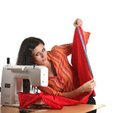 Het werk van de naaister aangaande de naaien-machine royalty-vrije stock foto